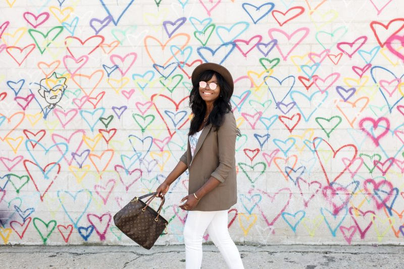 How To Balance Your Blog with a Full-Time Job | Union Market Heart Graffiti Wall, Washington DC | MILLENNIELLE Fashion Blog