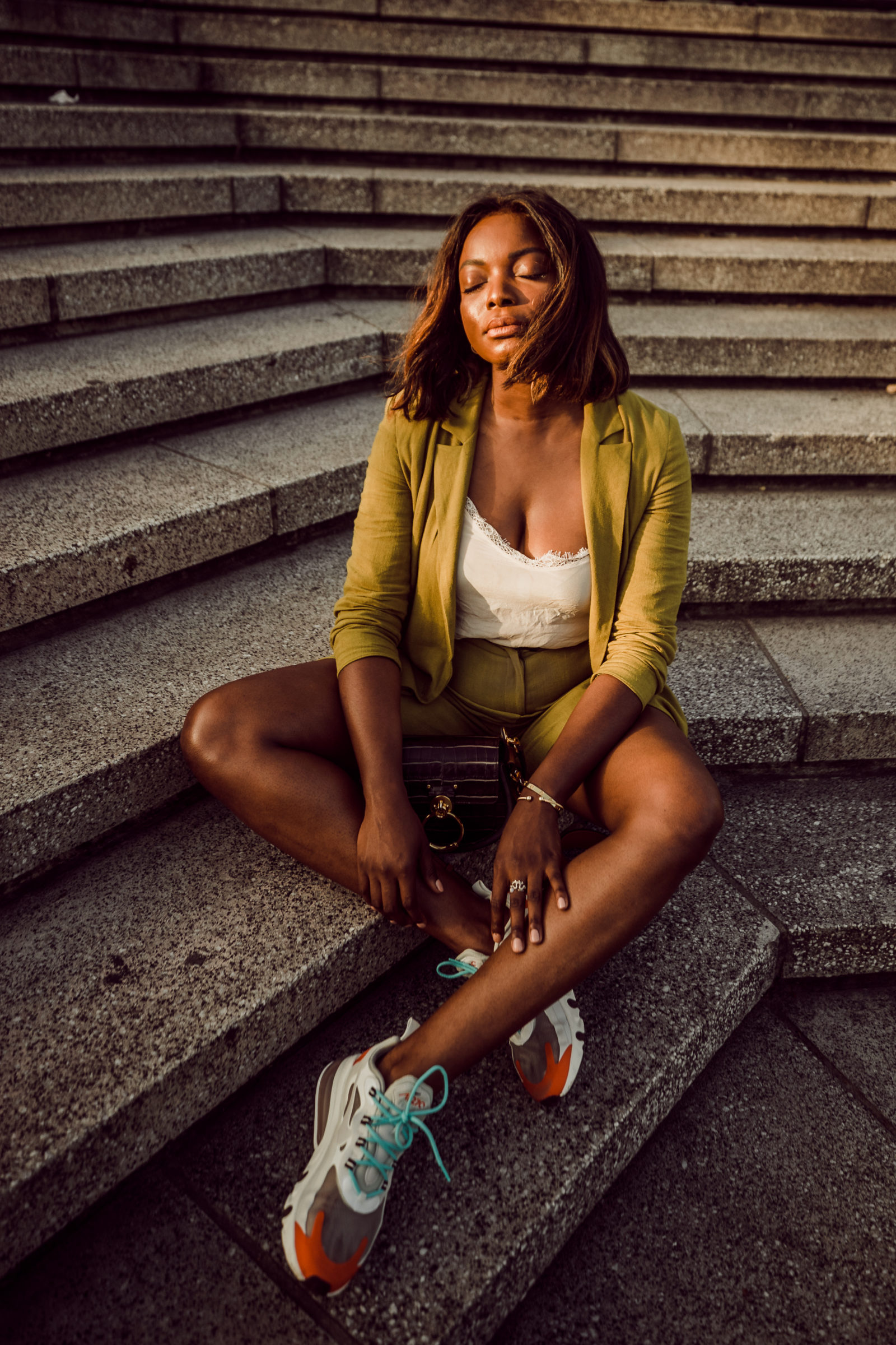 Street Style Feat Nike Air Max 270 React Sneakers Millennielle